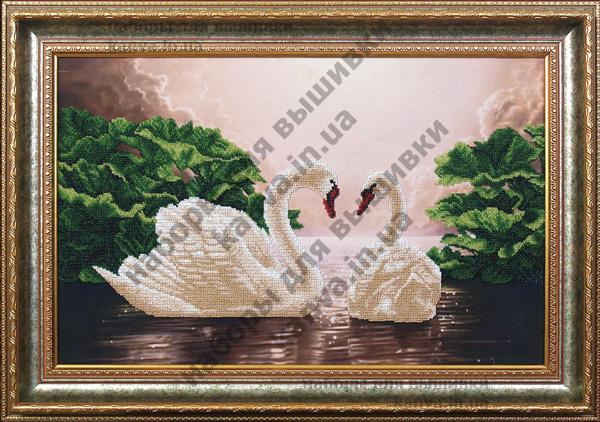 Главная вышивка бисером лебединая