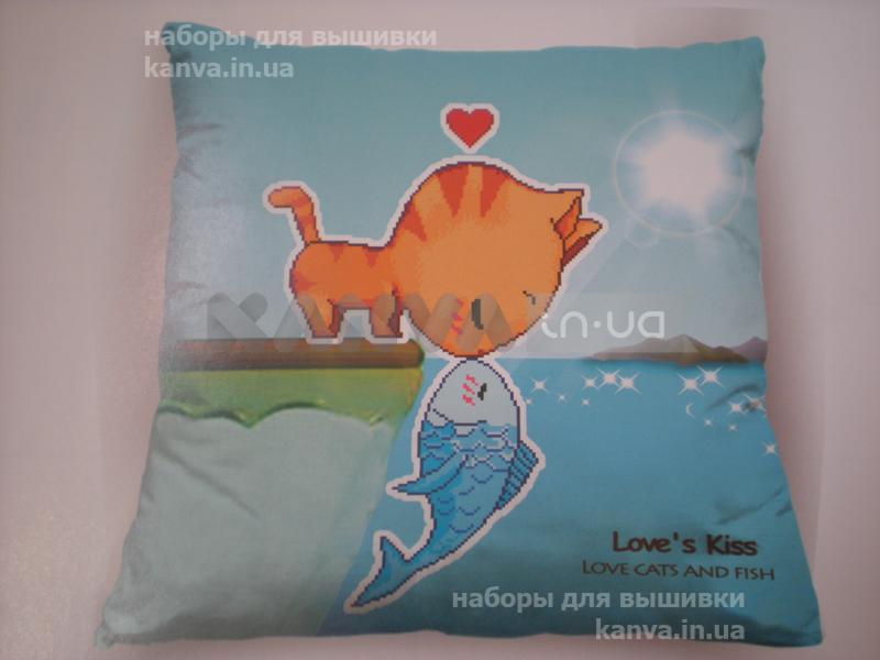 Подушка кот с рыбкой